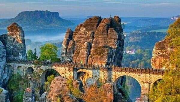 Sebuah Jembatan Panjangnya 200 m