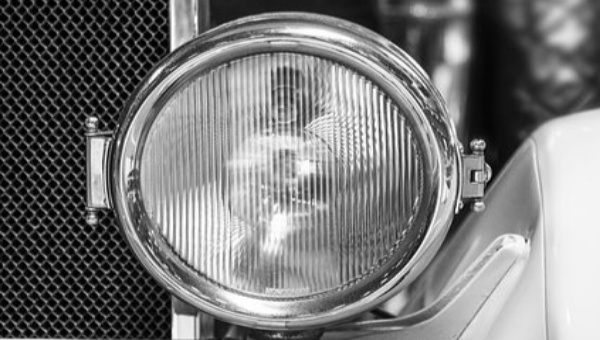 Cara Mengatasi Lampu Redup Saat di Gas