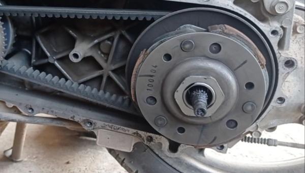 Penyebab Motor Matic Jalannya Terasa Loncat